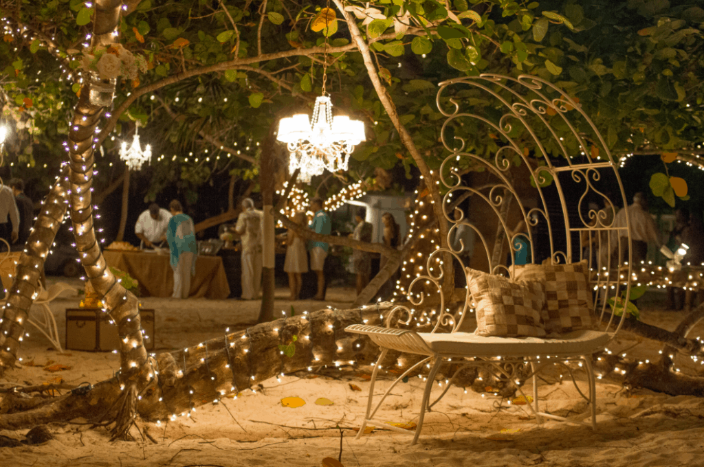Twinkle Twinkle Little Star – Courtney & Jason's Wedding After Sunset