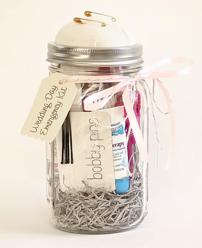 CUTE MAID OF HONOR DIY GIFT FOR THE BRIDE