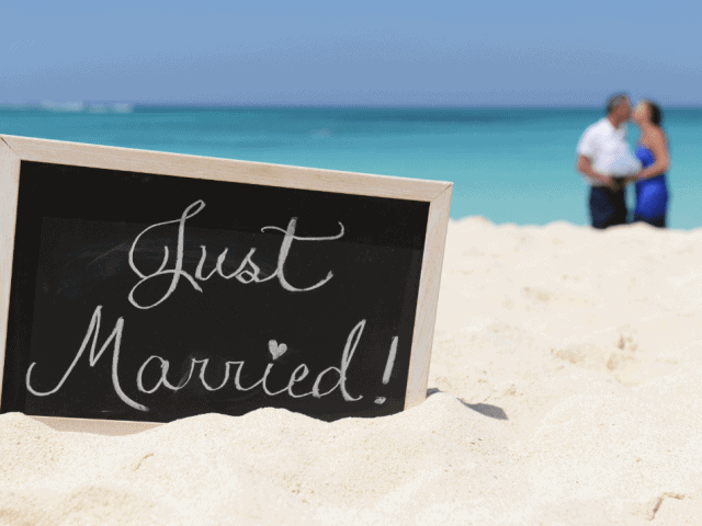 Simply Sweet Beach Wedding
