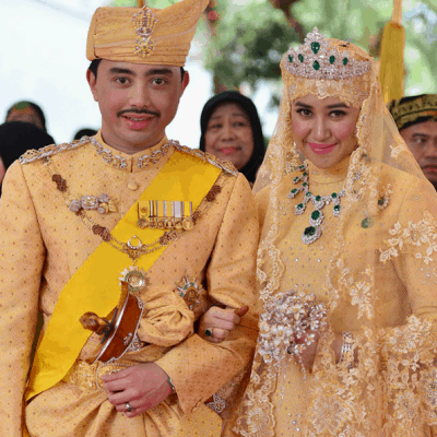 Prince of Brunei marries in opulence: diamond bouquets et al!