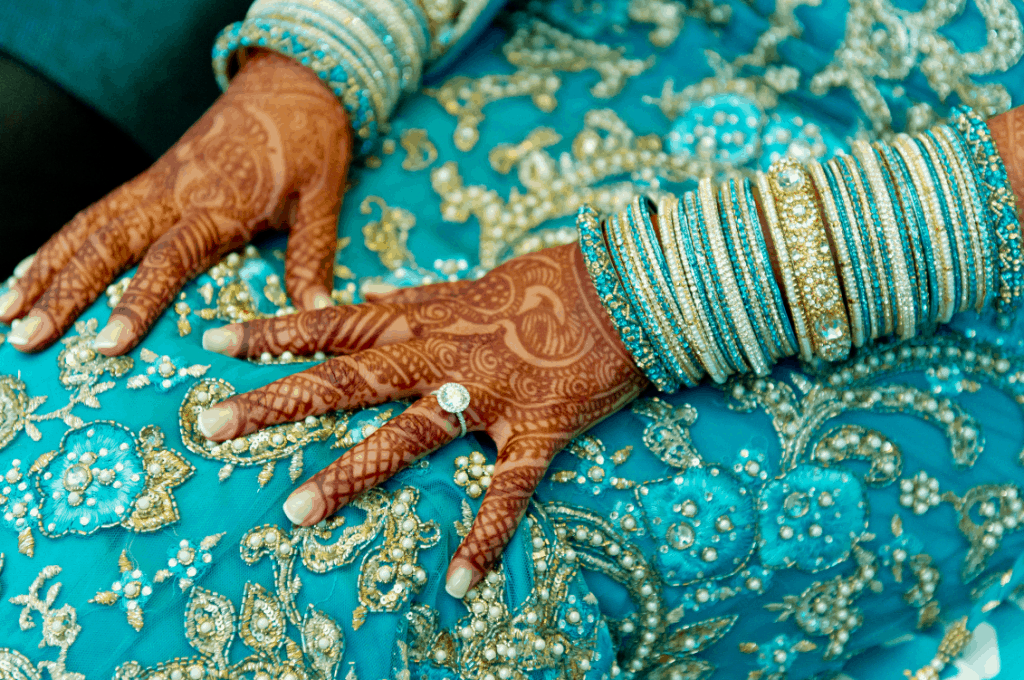 GORGEOUS COLORFUL INDIAN WEDDING
