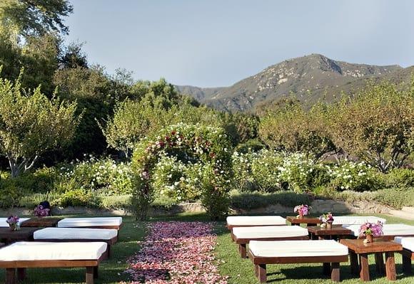 Unique Outdoor Wedding Ceremony Ideas: 10 UNIQUE WEDDING CEREMONY SEATING IDEAS