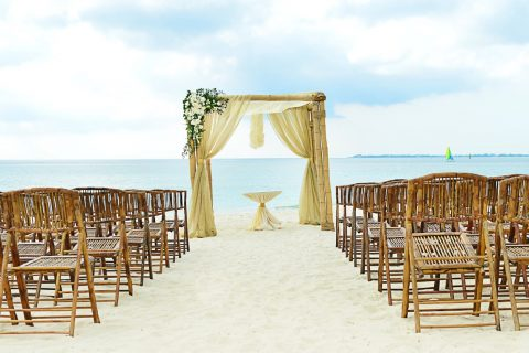 2 A MAGICAL GRAND CAYMAN WEDDING