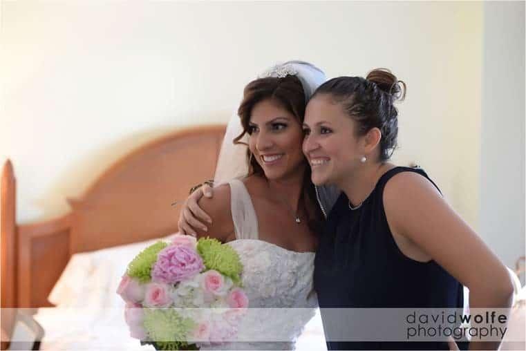 TWINKLING CAYMAN ISLANDS WEDDING: MIA & PAUL