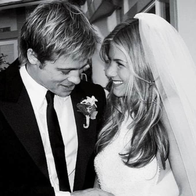 Jennifer-Aniston-Wedding-Dress