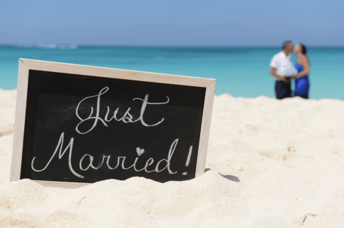 7 REASONS WHY CAYMAN IS THE ULTIMATE WEDDING DESTINATION BY MONICA WALTON