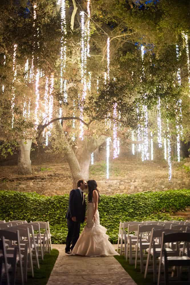 WEDDING LIGHTING IDEAS THAT ARE NOTHING SHORT OF MAGICAL