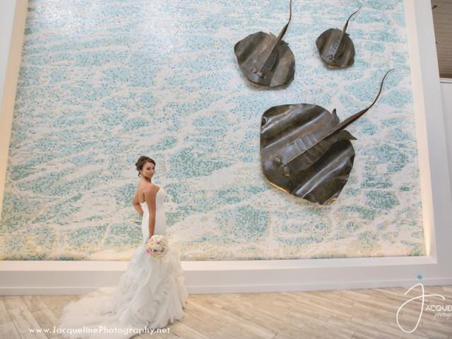GRAND CAYMAN ISLAND WEDDING – OCEAN LOVE