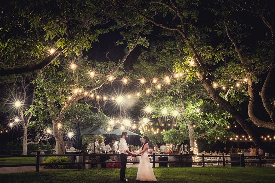 WEDDING LIGHTING IDEAS THAT ARE NOTHING SHORT OF MAGICAL ...