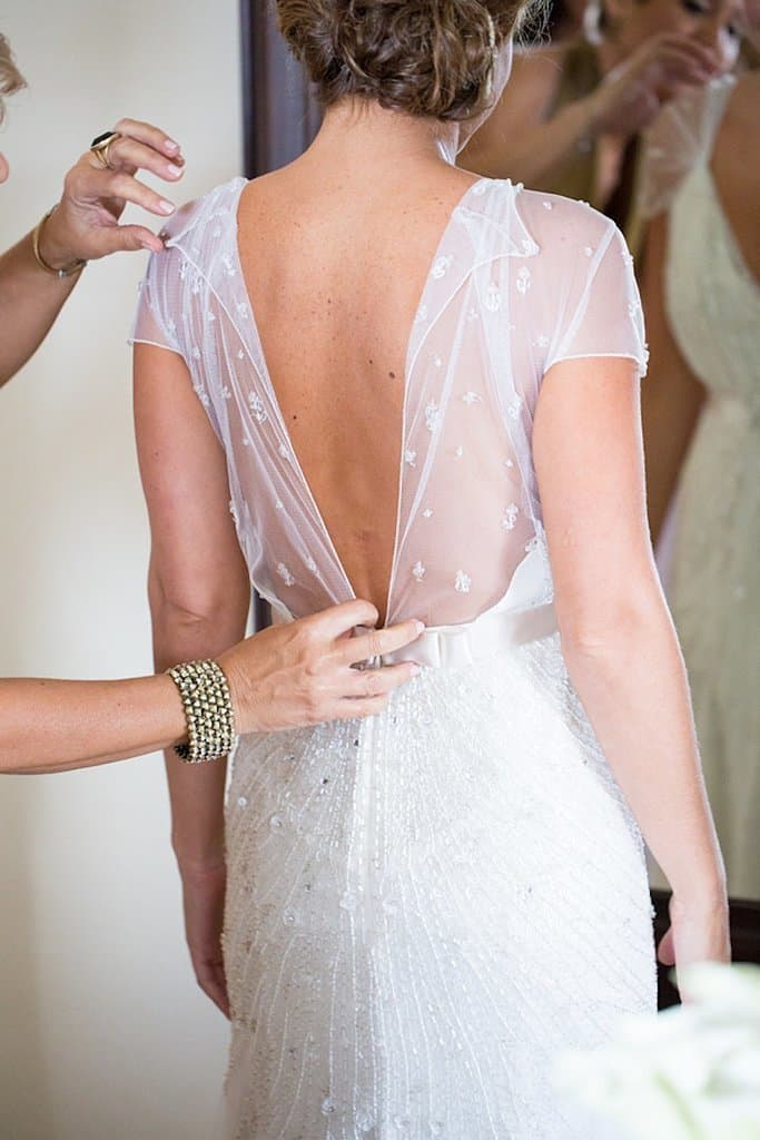 Wedding dress pictures you will regret not taking