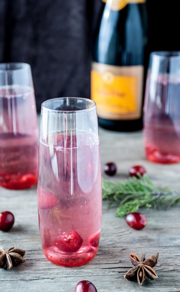 Cranberry-Anise-Cocktails_