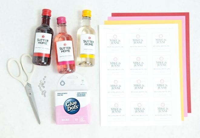 DIY Mini Wine Bottle Favors 0005