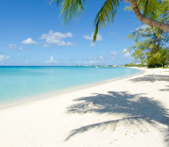 CAYMAN ISLANDS' SEVEN MILE BEACH MAKES IT TO TOP IN LIST OF BEST BEACHES FOR WEDDINGS