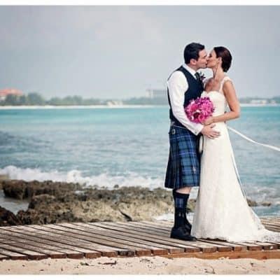 BEAUTIFUL SCOTTISH BEACH SIDE WEDDING
