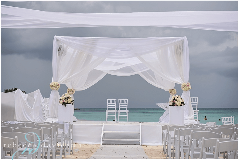 Beautiful Caribbean Mandap on Seven Mile Beach in the Cayman Islands