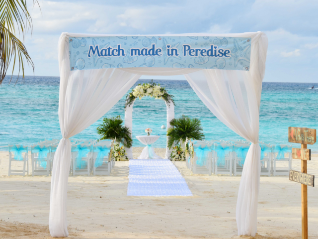 "Oceanside Wedding in Paradise – Or should we say ""Peredise"""