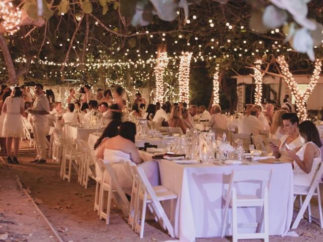 Diner En Blanc / Dinner in White – Cayman Islands