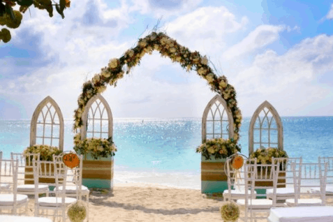Jason & Courtney Wedding in Cayman Islands on Seven Mile Beach Featured on The Knot