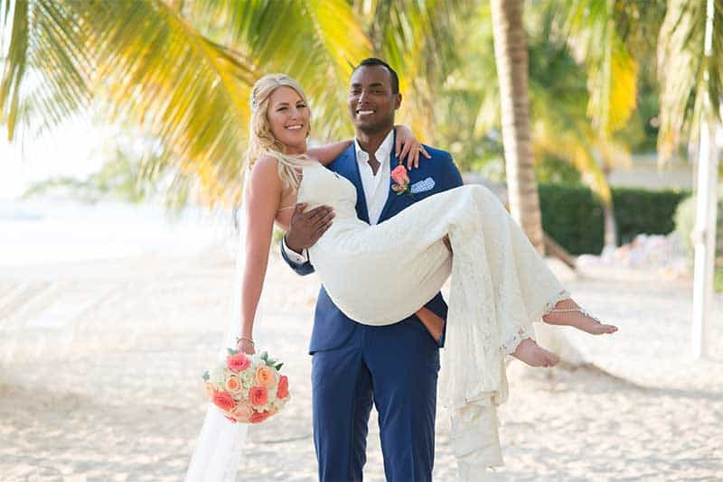CAYMAN-DESTINATION-WEDDING--ABIGAIL-AND-KYLE-5