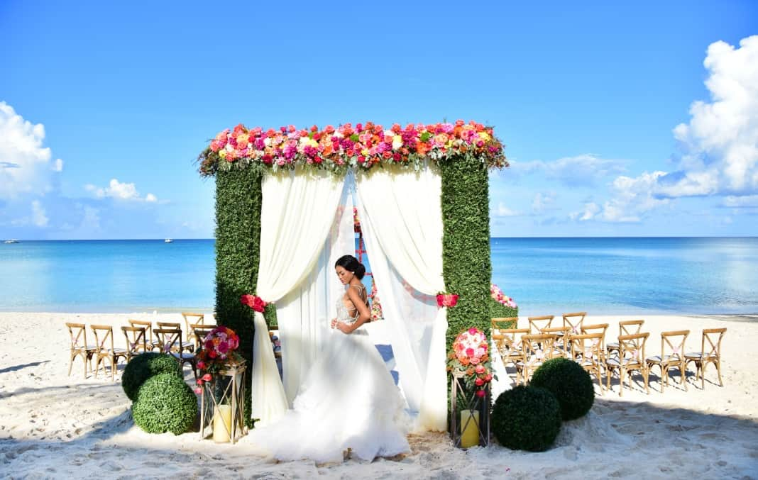 Best Fantasy Beach Destination Wedding Ever Cayman Islands