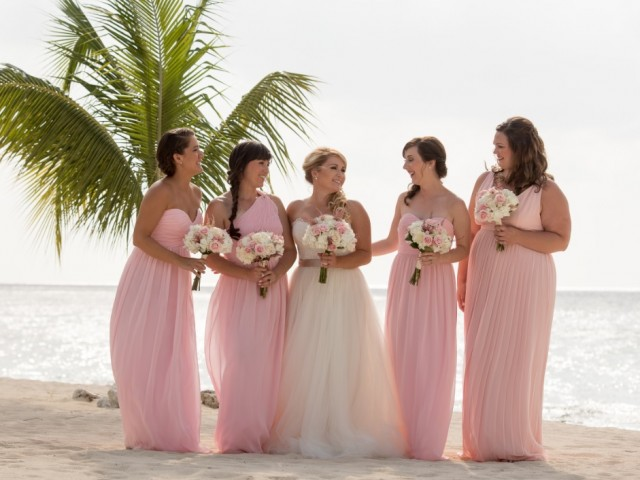 PASTEL PRETTY OCEANSIDE WEDDING