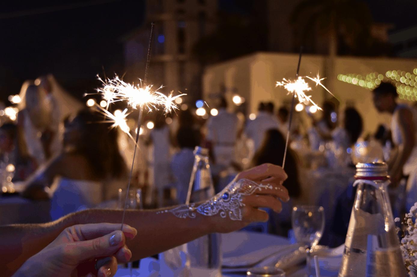 dinner-in-white-cayman-islands-henna-artist-event-reception