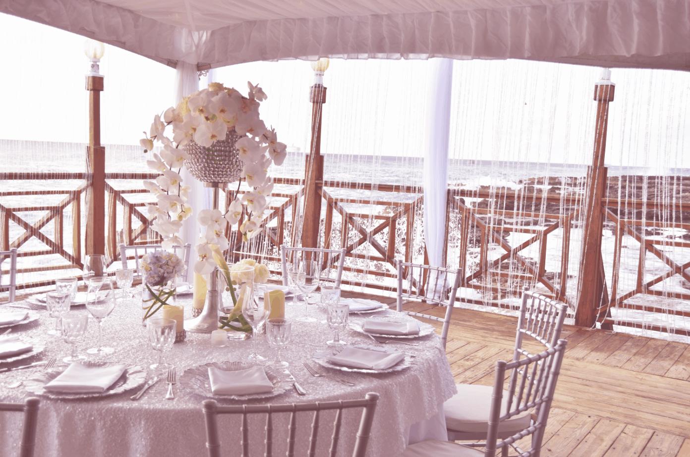 table-dinner-reception-decor-centerpiece-cayman-islands
