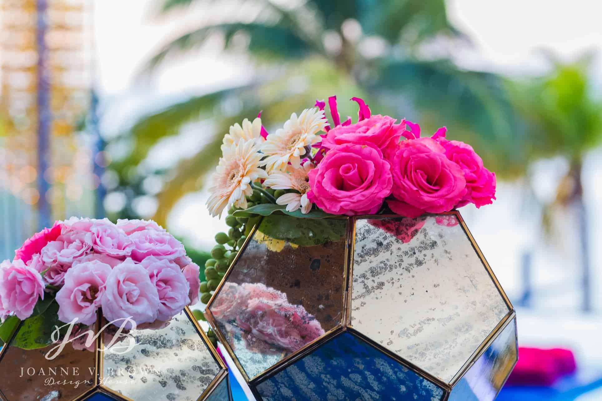 3-destination-wedding-reception-cayman-islands-centerpieces-2