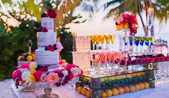 8-destination-wedding-reception-cayman-islands-cake-and-refreshment-station-2