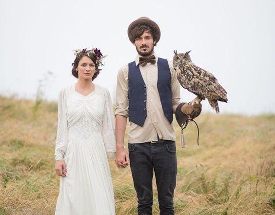 Wedding couple with an owl